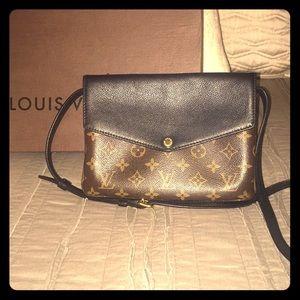 Louis Vuitton Twinset Monogram Noir Handbag Purse